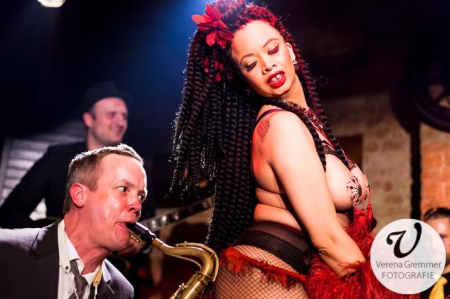 Asha Jones & The Dirty Merkins