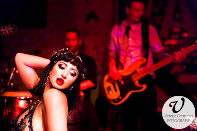 Scarlett Martini & The Dirty Merkins