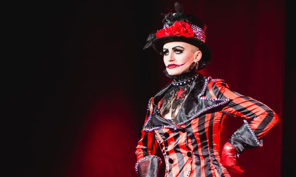 Ruby Tuesday bei der Munich Allstars Show der Filly Follies, Foto https://jungundwild-design.de